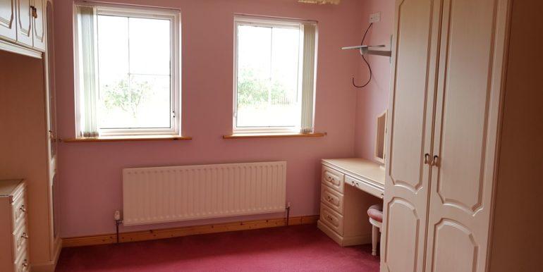 98Beechesbedroom3