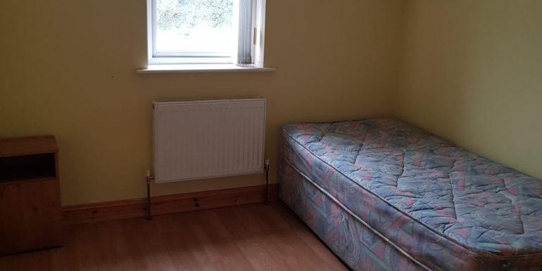 Apt 8 Aishlinn single bedroom